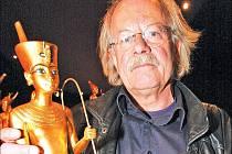 Architekt a scénograf Rainer Verbizh výstavu navrhl