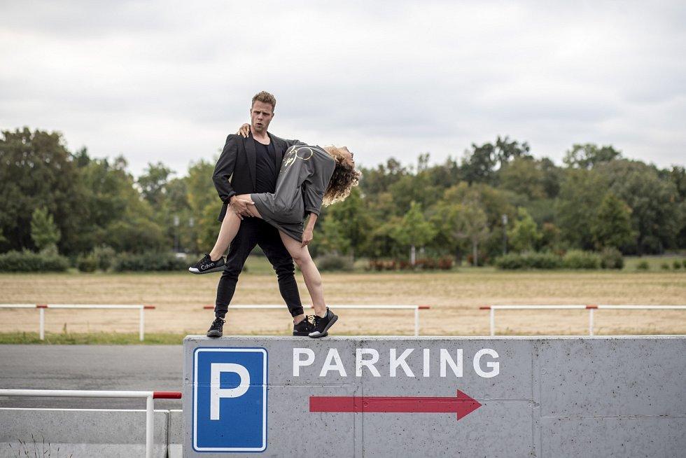 Tanec prý zařídil sám, že se do sebe zamilovali.