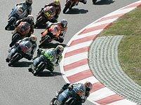 Start Velké ceny Katalánska ve třídě do 125 ccm