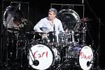 Carl Palmer je jediným žijícím členem skupiny ELP.