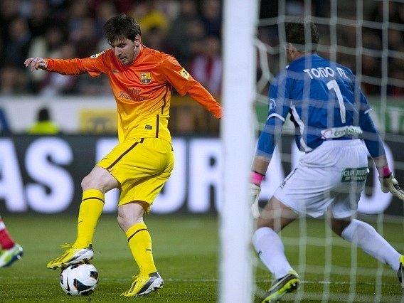 Útočník Lionel Messi překročil hranici tří stovek branek vstřelených v dresu katalánského klubu.