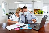 Koronavirová krize se v mnoha domácnostech podepsala na rodinném rozpočtu.