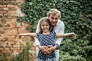 Tomáš Matonoha a jeho dcera Lara