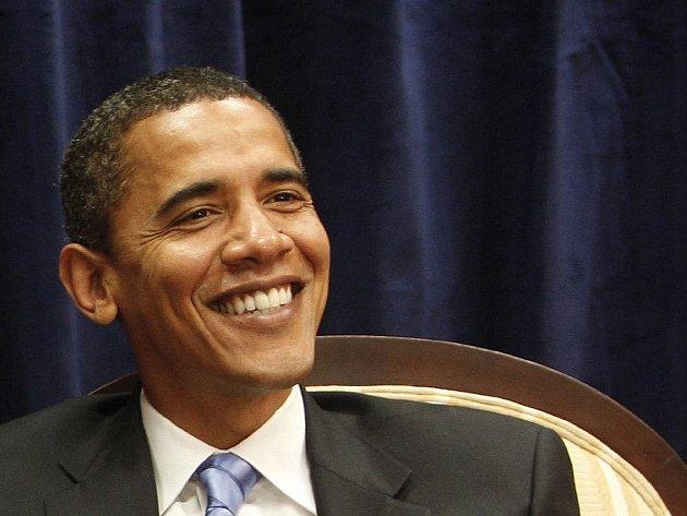 Nový americký prezident Barack Obama přiletí s velkou pravděpodobností v dubnu do Prahy. Naznačily to včera české diplomatické zdroje i mluvčí Hradu.