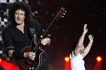 Britská legendární skupina Queen. Na snímku kytarista Brian May a zpěvák Paul Rodgers