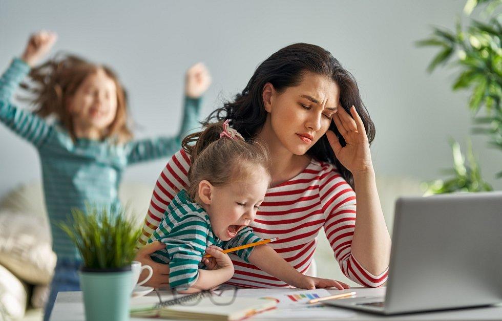 Vdnešní době potřebují matky podporu od zaměstnavatele víc než kdy jindy.