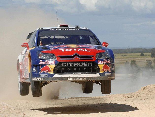 Vítěz shakedownu Dani Sordo drží po dvou erzetách Australské rallye čtvrtou příčku.