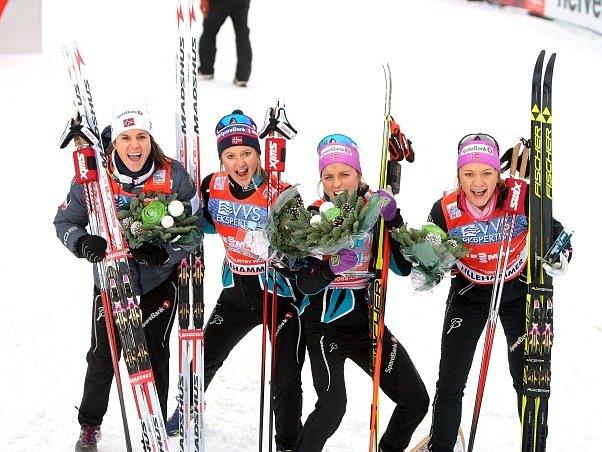 Norské běžkyně na lyžích ovládly první letošní štafetu v Lillehammeru