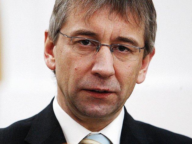 Ministr sociálních věcí Jaromír Drábek vystoupil 7. února na tiskové konferenci v Praze.