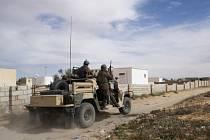 """Při operaci tuniské armády a bezpečnostních sil bylo v úterý večer u města Ben Guerdane na jihovýchodě země u hranic s Libyí zabito pět údajných """"teroristů""""."""