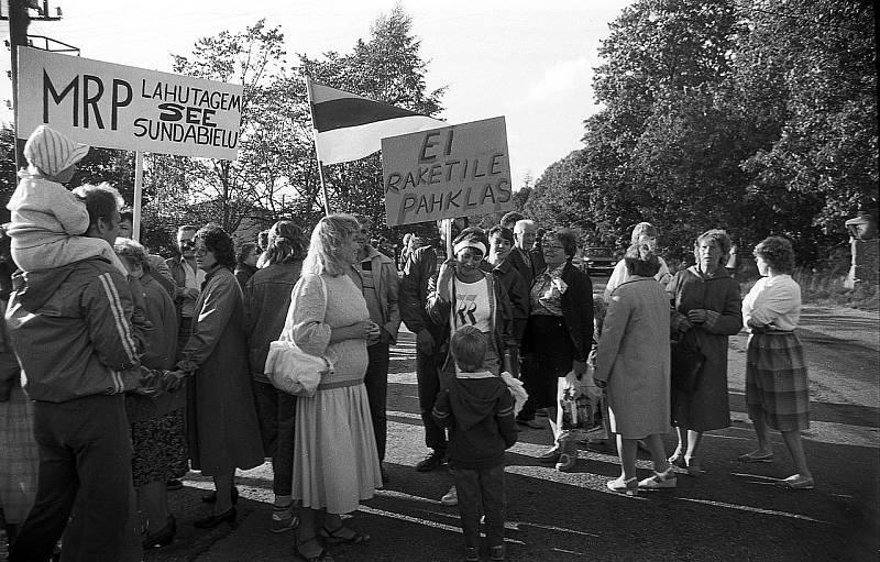 Baltský řetěz se zařadil mezi legendární události z období pádu východního bloku