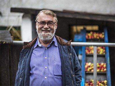 Majitel pálenice vRadlíku-Jílovém uPrahy Zdeněk Musil.
