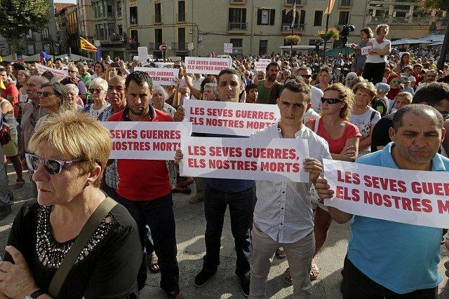 Protest proti terorismu v Ripollu