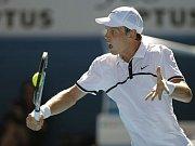 Roger Federer směřuje za svým šestým wimbledonským titulem.