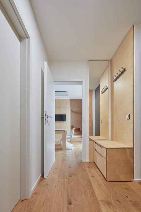 Dřevěný interiér freedomku