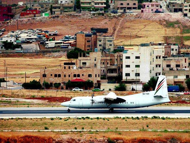 Palestinské aerolinky začaly létat po sedmi letech. Musejí si pronajímat egyptské letiště.