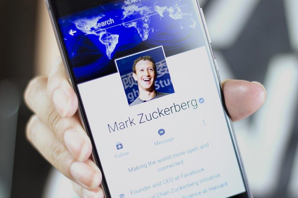 Sociální síť Facebook - Ilustrační foto