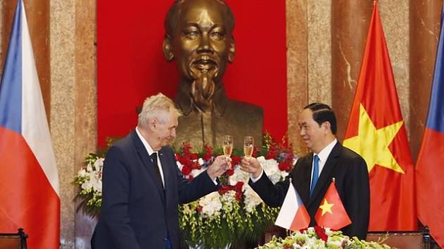 Miloš Zeman ve Vietnamu