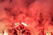 Zápas semifinále poháru MOL Cup mezi Slavia Praha a Sparta Praha hraný 24. dubna v Praze. fanoušci Slavia