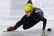Hvězdný Anton Ohno petici proti korejskému trenérovi amerických rychlobruslařů nepodepsal.