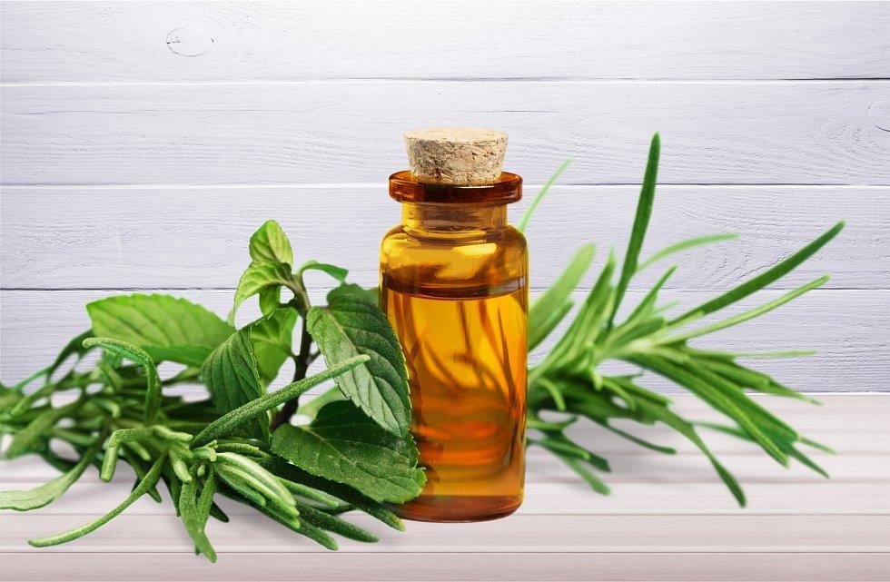 Při léčbě průjmu se mohou uplatnit adstringentní oleje