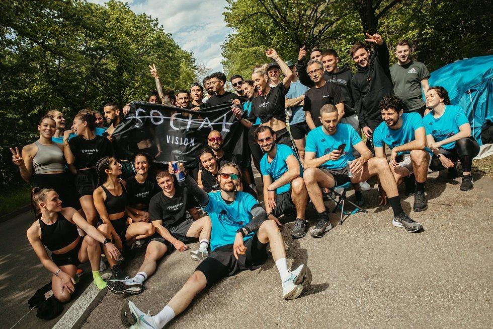 Takto se běžci radovali z úspěchu ve Francii