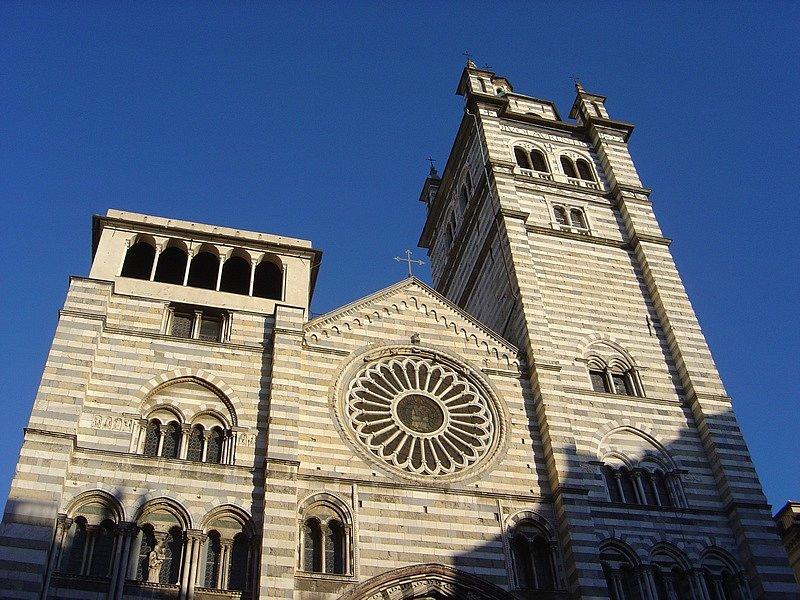 Katedrála svatého Vavřince v italském Janově pochází již z 11. století