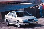 První generace Škody Octavia se začala vyrábět v roce 1996.