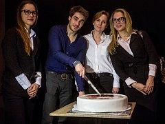 Herci a tvůrci nového seriálu televize Prima s názvem V.I.P. vraždy představili seriál novinářům 27. ledna v Praze.