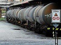 Vlakové cisterny. Ilustrační foto