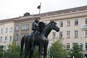 Jezdecká socha Jošta Lucemburského na Moravském náměstí v Brně