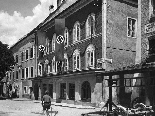 Rodný dům Adolfa Hitlera v rakouském Braunau am Inn.