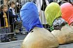 Happening proti věznění Pussy Riot uspořádala v neděli 30. září 2012 před sídlem ruského velvyslanectví v Praze Amnesty International. Českou verzi petice za propuštění ruských punkerek podepsalo více než 5000 lidí.