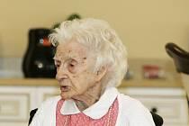 Edna Parkerová. Této Američance je 114 let a možná to je nejstarší člověk planety.