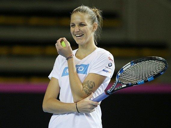 Karolína Plíšková na tréninku fedcupového týmu před finále s Francií.