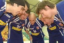 Čeští florbalisté se na šampionát připravovali v Teplicích.