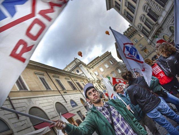 Itálie zažívá další vlnu protestů proti vládním reformám.