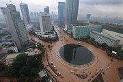 Záplavy v Jakartě dík propadu města mohou být více zničující