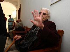 Vrchní soud odsoudil Polednovou k šesti letům vězení. Soudce Petr Braun, který o vězení pro Polednovou rozhodoval, ji zřejmě udělí roční odklad. Podle Brauna je Polednová ve stavu, který by mohl přinejmenším ohrozit její zdraví.