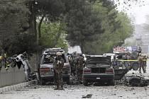 sebevražedný útok v Kábulu; 3. května