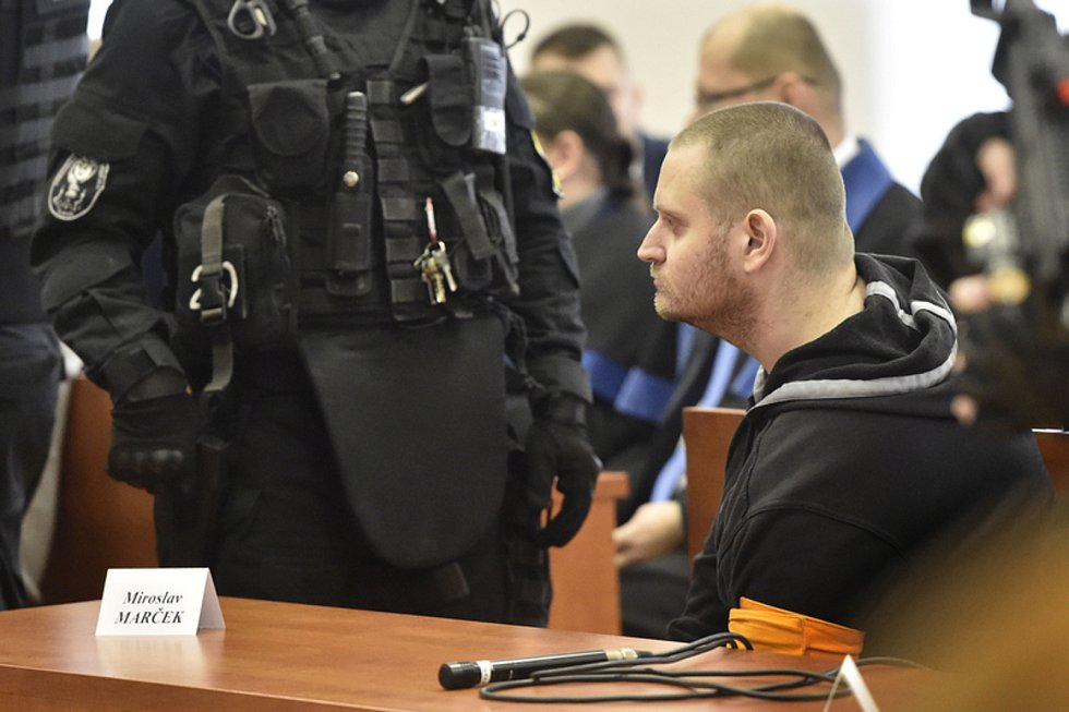 Obviněný Miroslav Marček v jednací síni specializovaného trestního soudu v Pezinku, kde 13. ledna 2020 začalo za přísných bezpečnostních opatření hlavní líčení se čtveřicí obviněných v případu vraždy novináře Jána Kuciaka a jeho partnerky