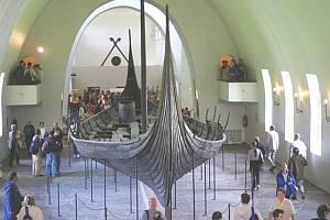 Vikingové se nacházeli na americkém kontinentu kolem roku 1021. Uvádí to nový výzkum, který vedli badatelé z nizozemském univerzity v Groningenu, informovala agentura AFP.