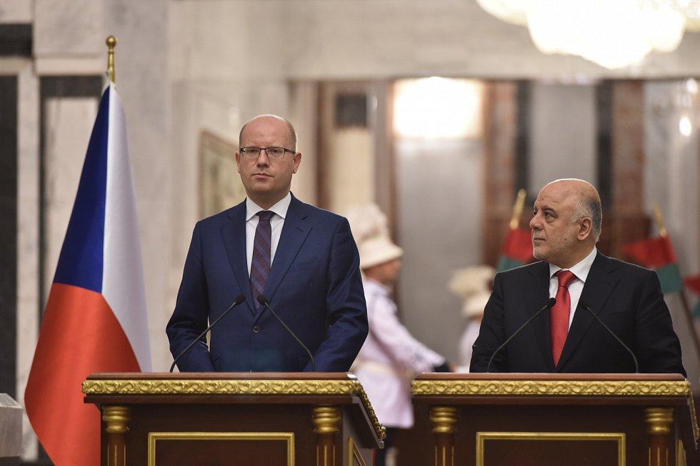Premiér Bohuslav Sobotka na návštěvě v Bagdádu.