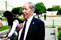 SUNAO TSUBOI. Pamětník, který byl v době útoku student, se včera zúčastnil připomenutí tragédie a promluvil si s prezidentem Obamou.