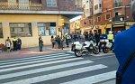 Ve Španělsku najelo auto do chodců. Zraněni jsou tři lidé, řidič byl zadržen