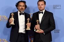 Alejandro Gonzalez Inarritu a Leonardo DiCaprio. Režisér a představitel hlavní role filmu REVENANT Zmrtvýchvstání.