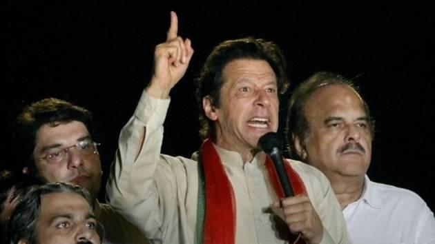 Pákistánský opoziční předák Imran Chán.