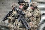 Příslušníci americké armády hlídkují v hlavním městě Afghánistánu Kabulu.