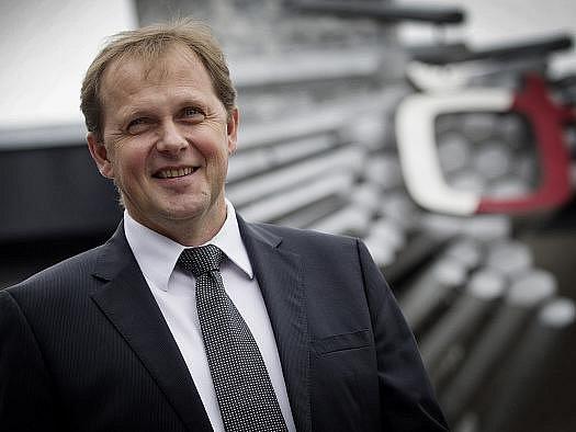 Při zasedání Rady ČT probíhal 21. září výběr a volba generálního ředitele České televize. Na snímku nový generální ředitel Petr Dvořák.