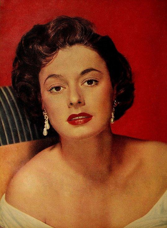 Slavná hollywoodská herečka Ruth Romanová byla jednou z cestujících při poslední plavbě parníku Andrea Doria. Vyvázla bez zranění. Později vzpomínala, že když do lodě naboural jiný parník, znělo to jako exploze.